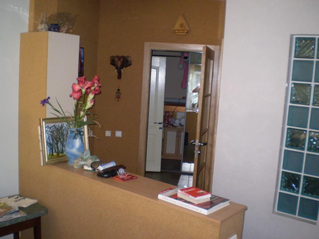 Житловий будинок загальною площею 905,3 кв. м. у АР Крим (м. Ялта, смт. Гаспра)